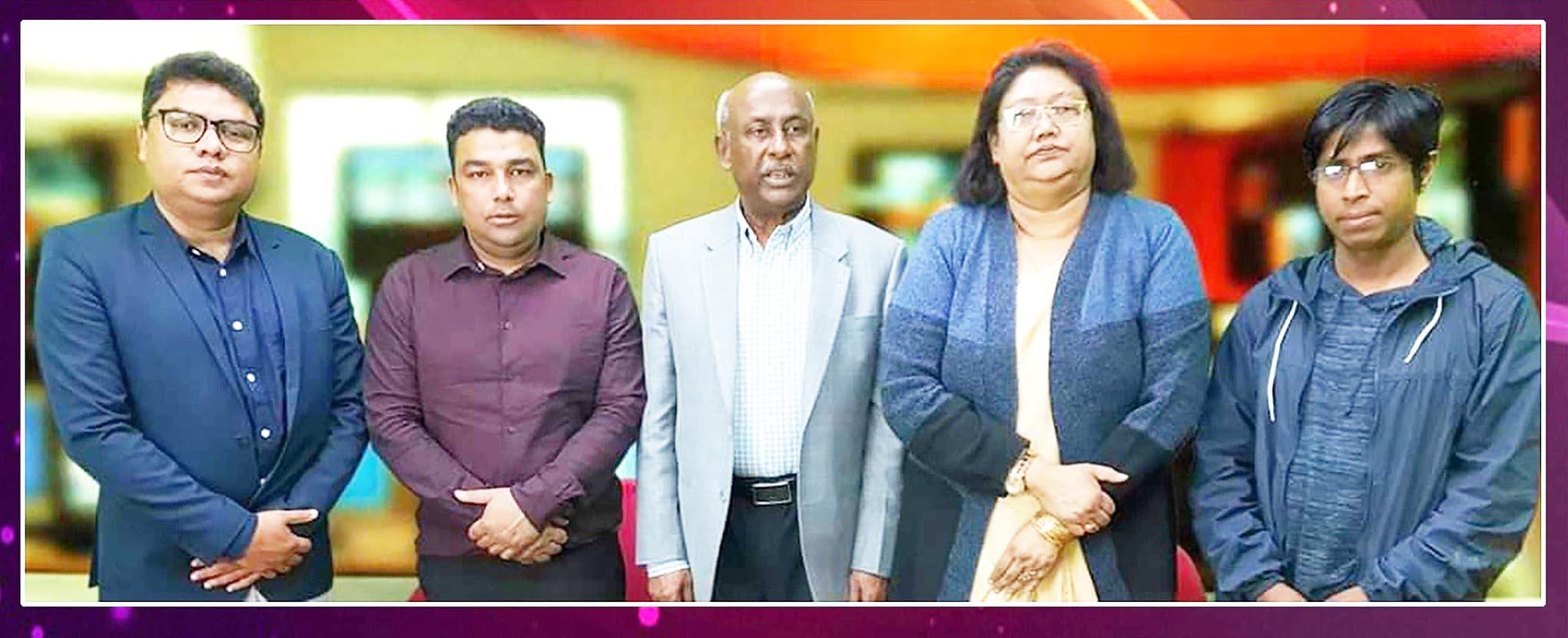 Mr-mp-ashraf-ali-khan-khoshru-with-eurobangla-tv-team